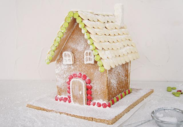 How to make a gingerbread house from scratch best recipes for How to make best gingerbread house