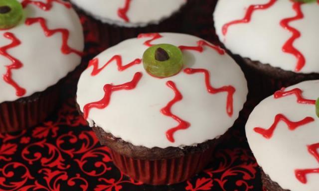 Halloween Eyeball Cupcakes recipe - Best Recipes