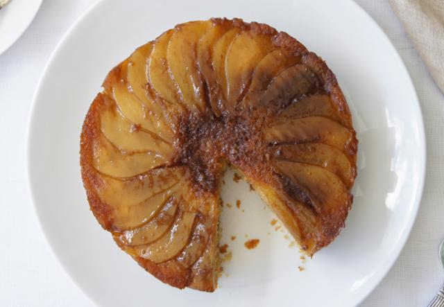 Easy Upside Down Pear Cake