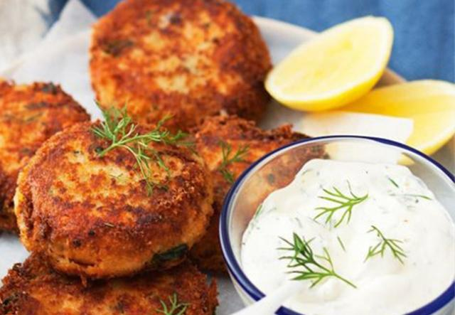 Recipe For Salmon Cakes Using Cooked Salmon
